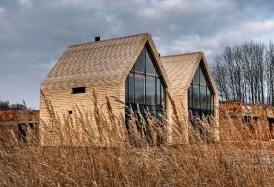 Maumedžio čerpių stogas atlaiko šimtą metų!